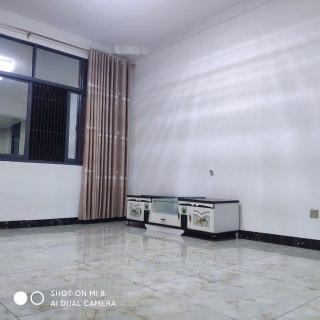 99克拉城旁-巨星家园2室1厅1卫 精装房出租