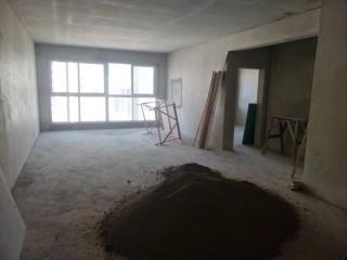 房东直售-万湖汇177.33m²简装,4室2厅2卫78万!