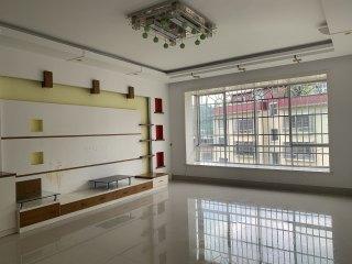 房东直租——新时代花园,3室1厅2卫简装130m²,1200元/月!